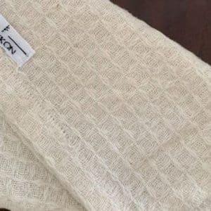 Knokkon dry brushing glove