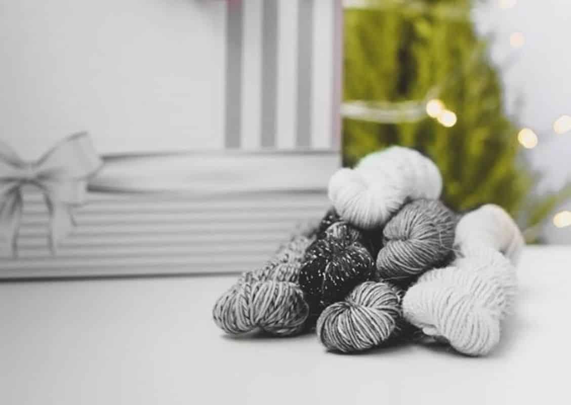 Joulukalanteri, käsityöt, neulonta, virkkaaminen